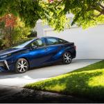 トヨタ水素自動車ミライ 燃料電池の仕組みと燃費、値段は?